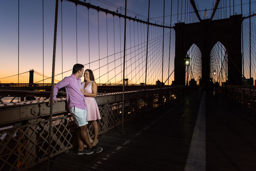 engagement session on brooklyn bridge during sunrise
