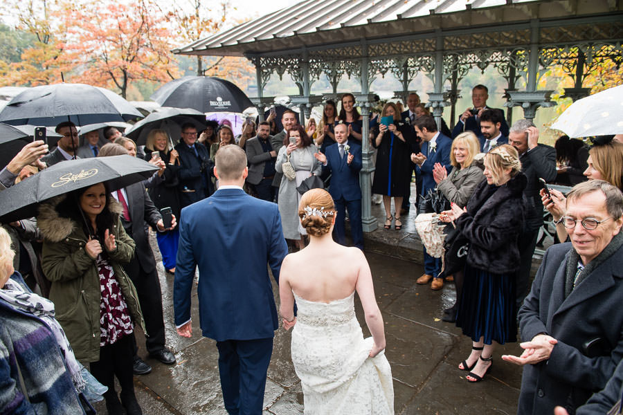 bride and groom go to their guests by ladies pavilion