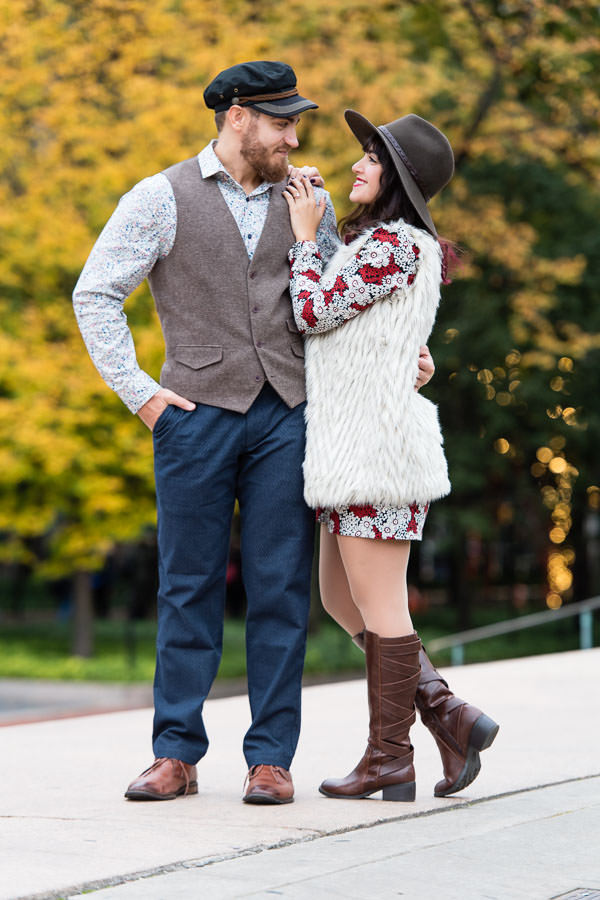 example of what to wear for engagement session in NYC during the fall