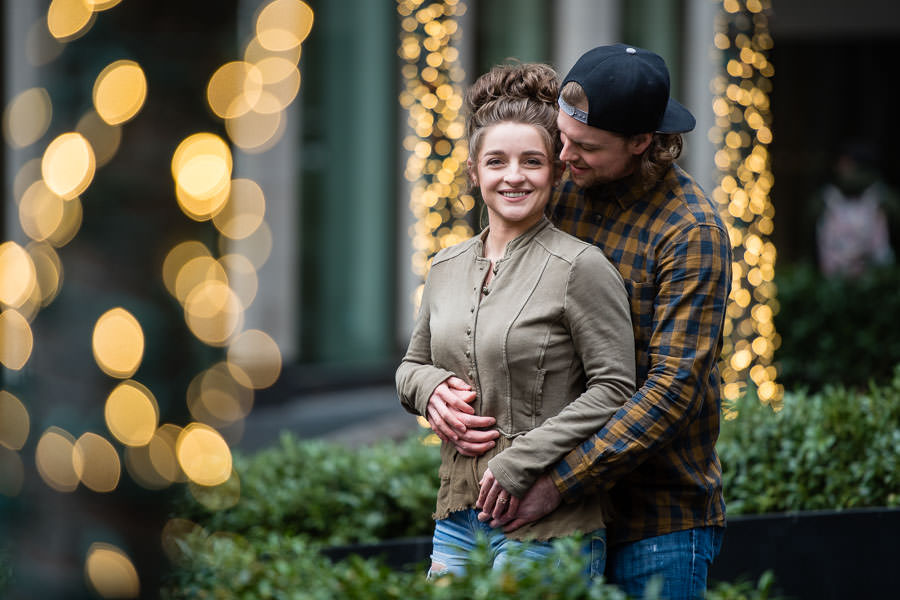 christmas themed engagement session by rockefeller center in new york city