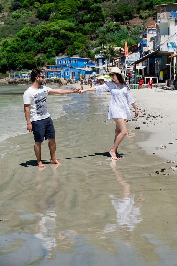 destination engagement session in arraial do cabo, brazil