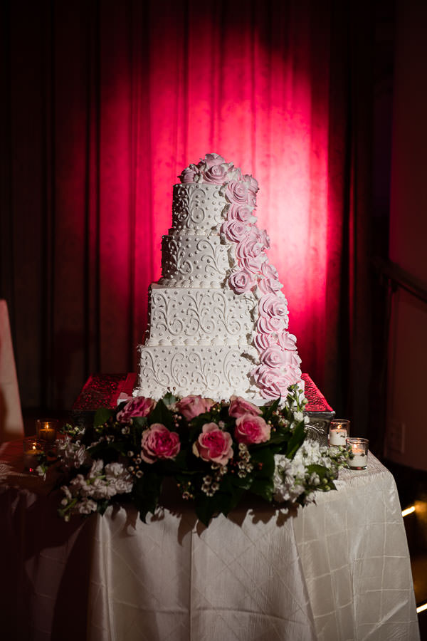 wedding cake at terrace on the park wedding reception venue in new york city