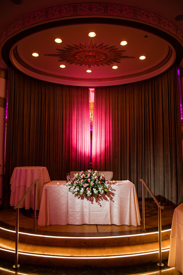 sweetheart table at terrace on the park wedding reception venue in new york city