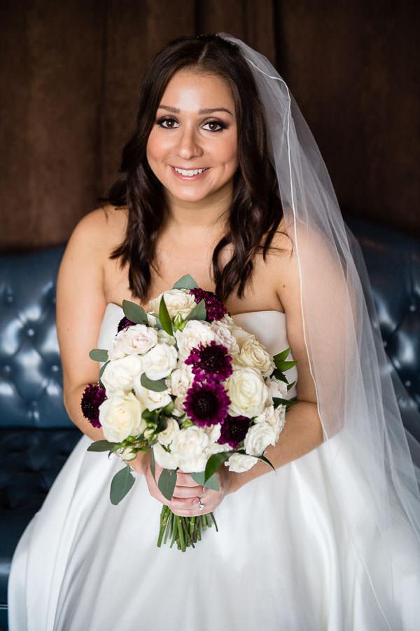 bride prep at manhattan penthouse wedding venue