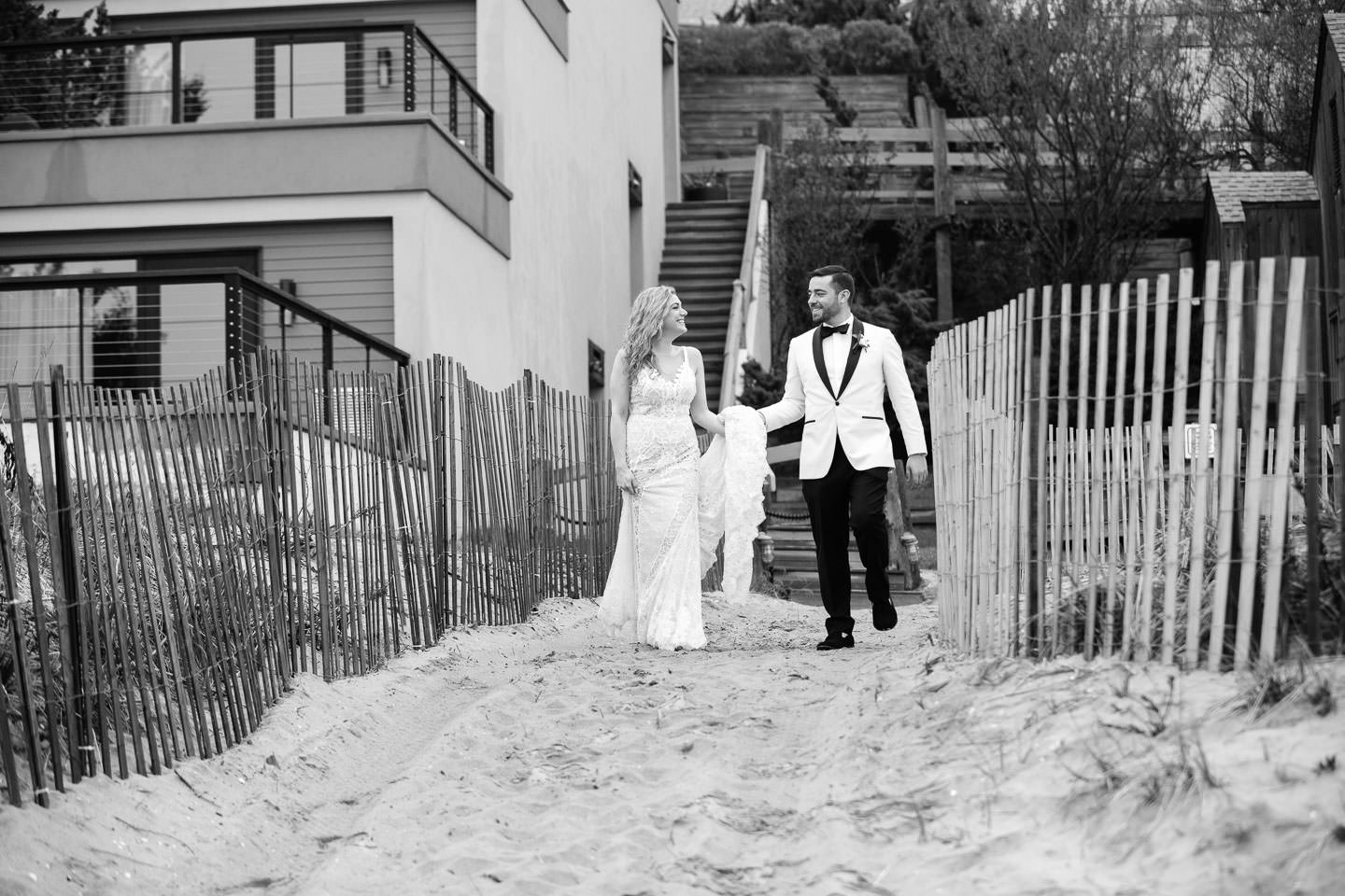 gurneys montauk beach wedding