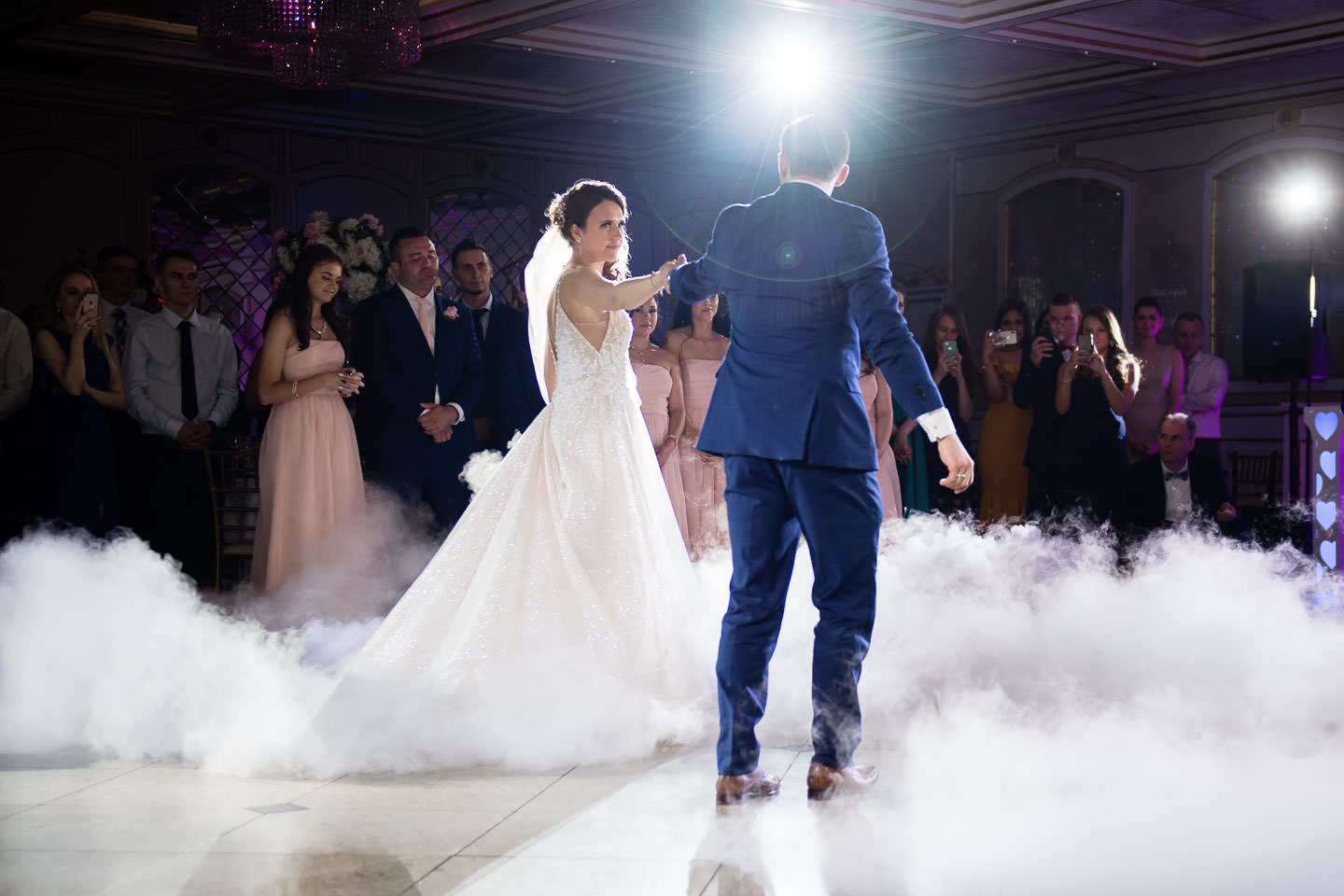 royal manor bride and groom first dance