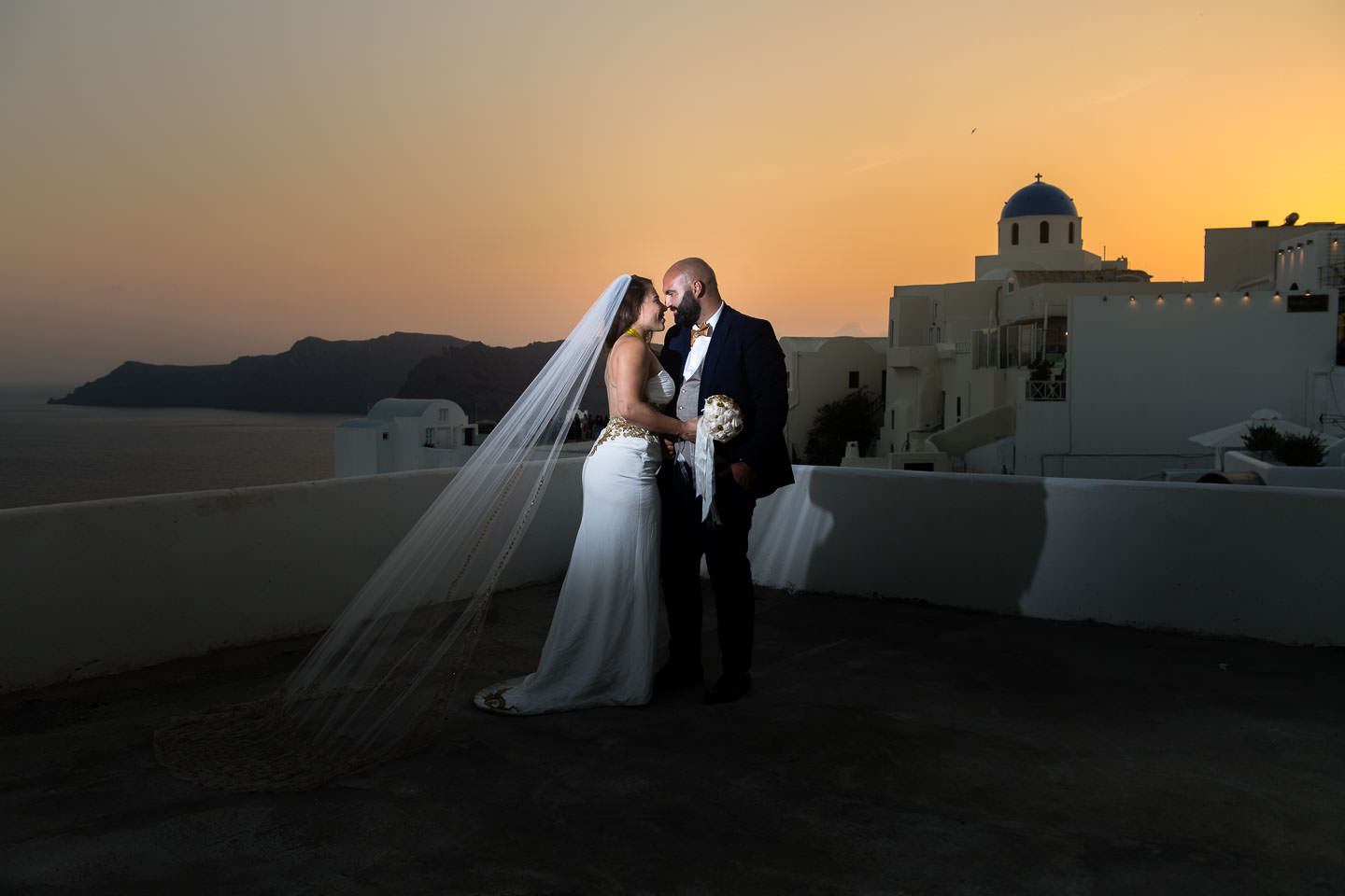 santorini sunset wedding