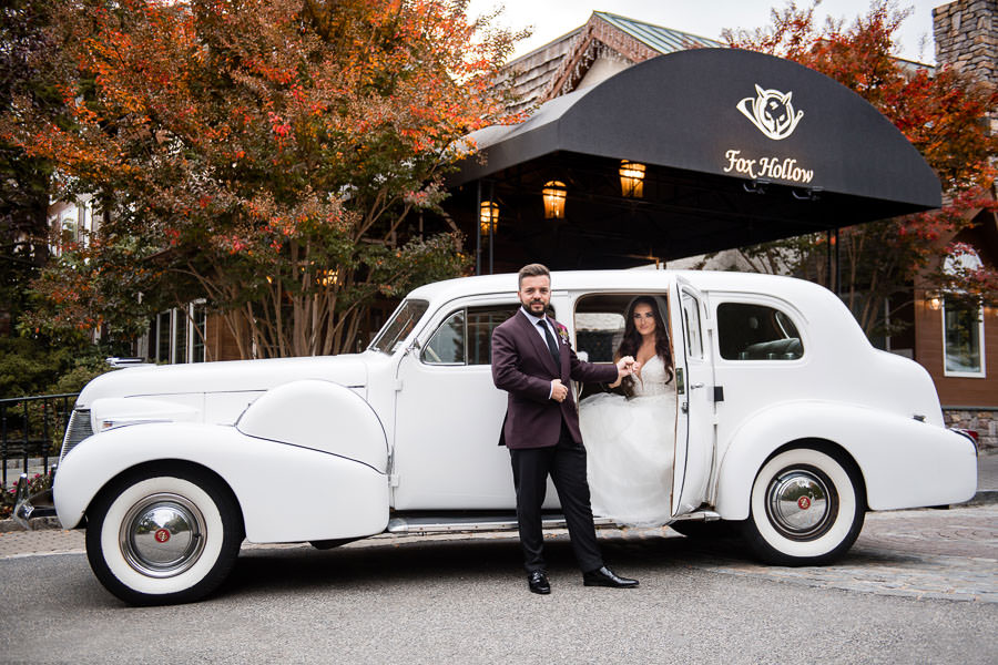 wedding couple at fox hollow catering wedding venue in long island, ny